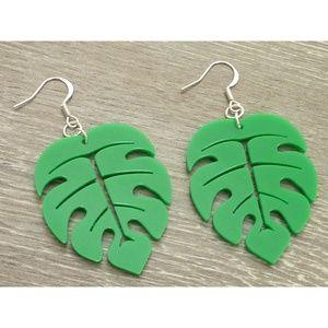 Jewelry - Monstera Green Leaf Earrings